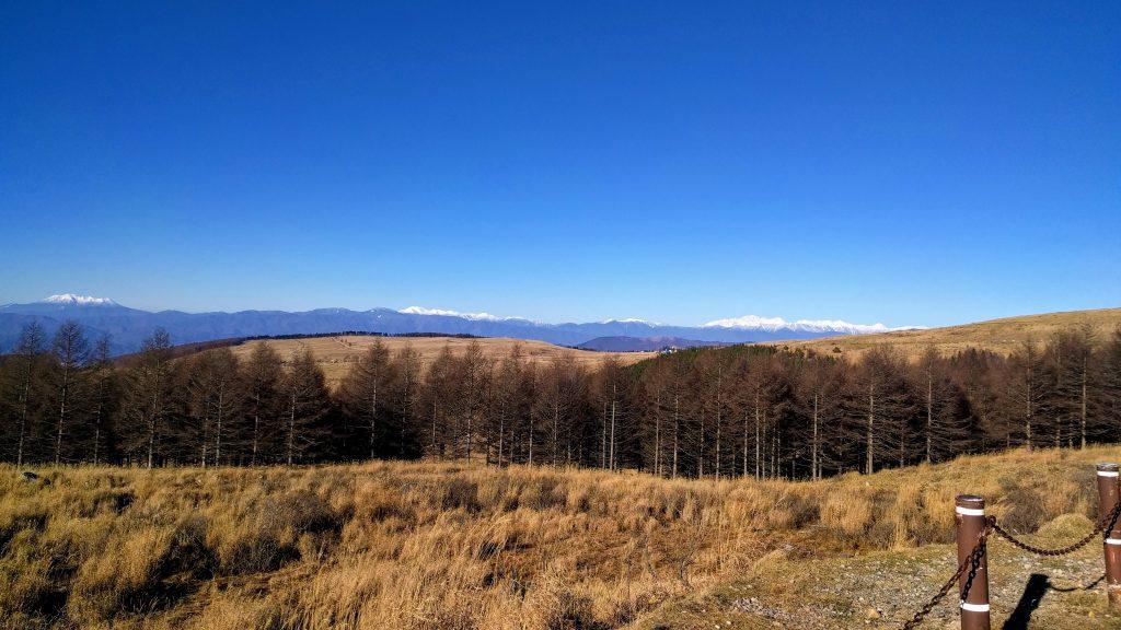 The high peaks of Western Nagano from the Kirigamine Highlands. Left to right, Mt Ontake, Mt Norikura, and the Kita Alps near Hakuba.