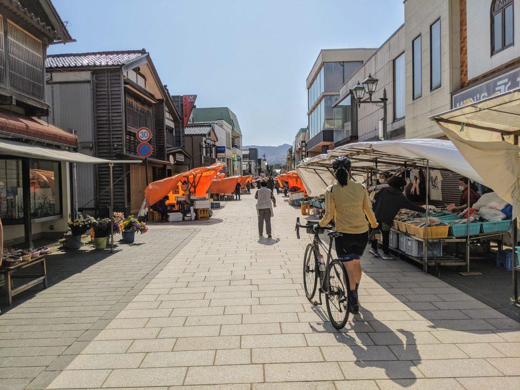 Walking the Streets of the Asaichi Market in Wajima City.