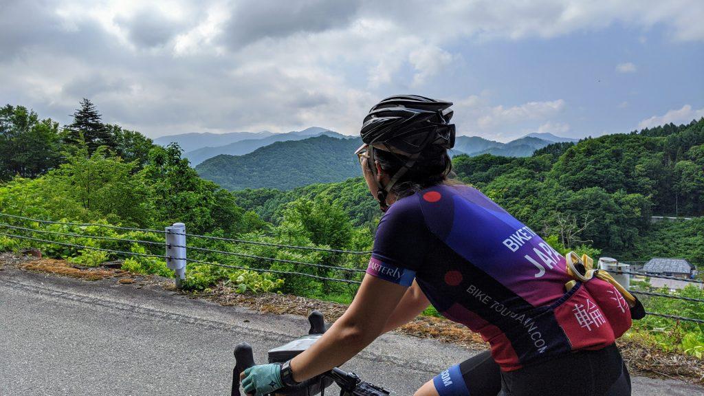 Climbing through the dense forest roads of the Konroku Pass.